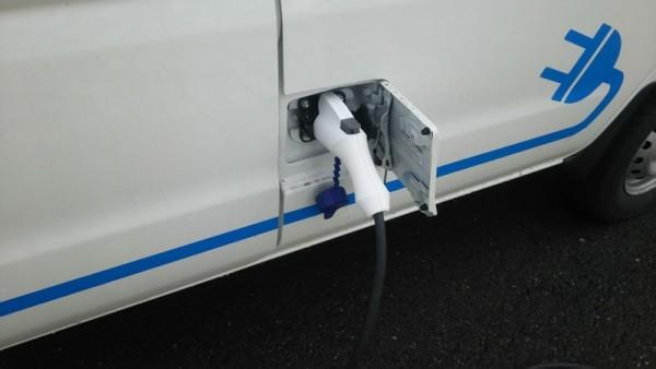 電気自動車2- 4